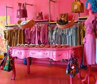 フレンチポップな洋服ブランドAntoine & Liliパリの店舗リスト
