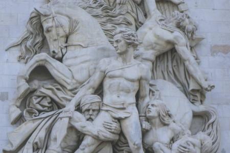 パリ凱旋門,パリ凱旋門入場料,パリの凱旋門見どころ,パリ凱旋門開館時間,パリ凱旋門行き方,パリ凱旋門ガイド,パリ凱旋門屋上