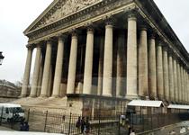 パリ観光,パリ観光バスツアー,おすすめパリ観光バスツアー,パリ観光レストラン,パリのレストラン,マドレーヌ寺院