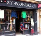 パリ・モンマルトルの古着屋さんBy Flowers
