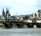 世界遺産ロワール古城ブロワ城への行き方・入場料・基本情報ガイド