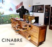 パリのメンズ・アイテムブランドCINABRE Paris本店