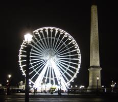 パリのイベント情報ガイド,冬のおすすめパリ観光,冬のパリ,コンコルド広場の観覧車,シャンゼリゼ大通りの観覧車,パリの夜景