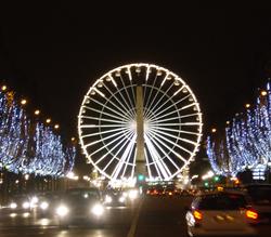 パリのイベント情報ガイド,冬のおすすめパリ観光,冬のパリ,コンコルド広場の観覧車,シャンゼリゼ大通りの観覧車,パリの夜