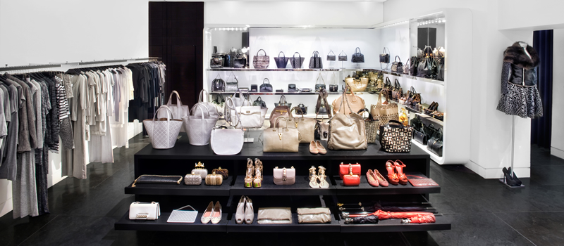 パリのセレクトショップ,パリのブランド店,モンターニュ・マーケット,シャンゼリゼ買物,Montaigne Market