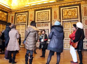 マイバス日本語ヴェルサイユ宮殿ツアー比較,パリおすすめヴェルサイユ宮殿ツアー,パリ現地ツアー体験,ベルサイユ宮殿ガイド付きツアー