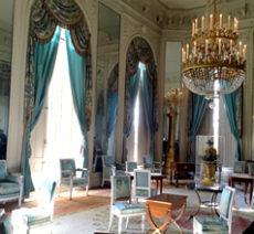 ヴェルサイユ宮殿を全て見学できる1日ツアー体験 Paris CityVision