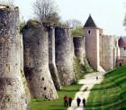 パリから行く世界遺産中世都市プロヴァン