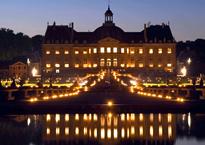 ヴォールヴィコント城入場料,ヴォールヴィコント城行き方,ヴォールヴィコント城夜景,ヴォールヴィコント城情報ガイド